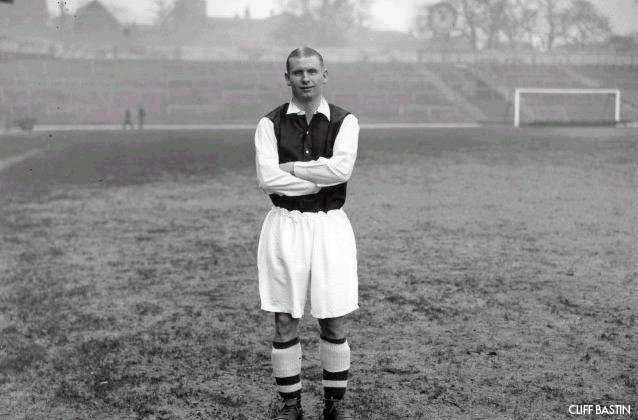 1_Clifford Bastin-Legende Arsenal London