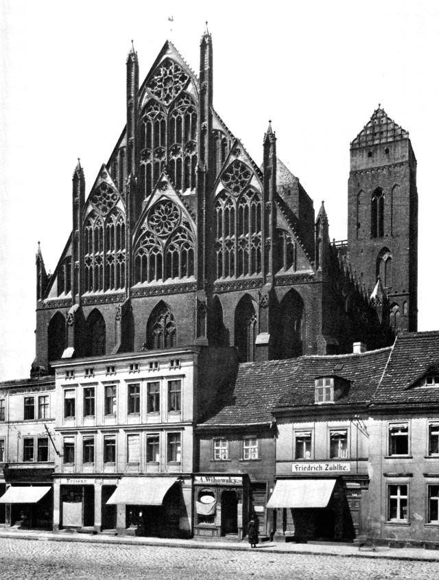 101-Prenzlau Marienkirche Ostgiebel