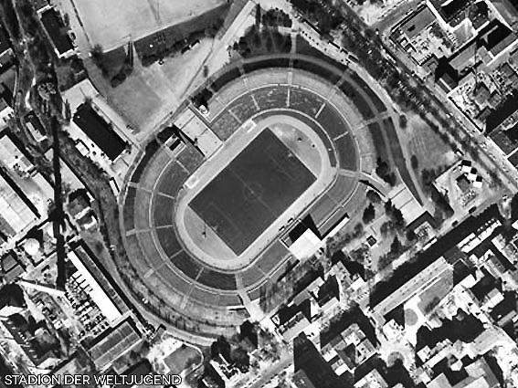 103-Stadion_der_Weltjugend_Luftaufnahme